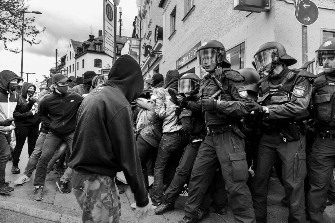 1. Mai Protest gegen die Nazis